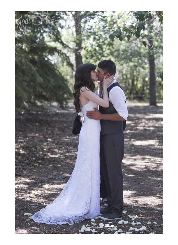 Affordable Wedding Photographer Calgary (17)