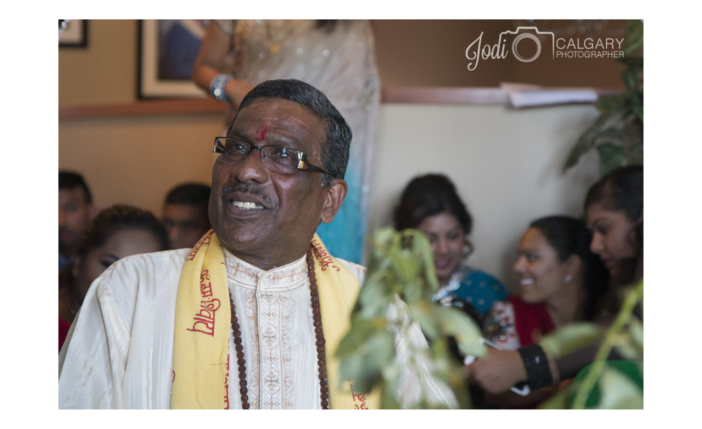 Calgary Hindu Wedding Photography Affordable (13)