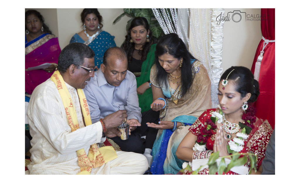 Calgary Hindu Wedding Photography Affordable (5)