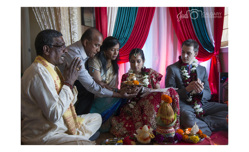 Calgary Hindu Wedding Photography Affordable (7)