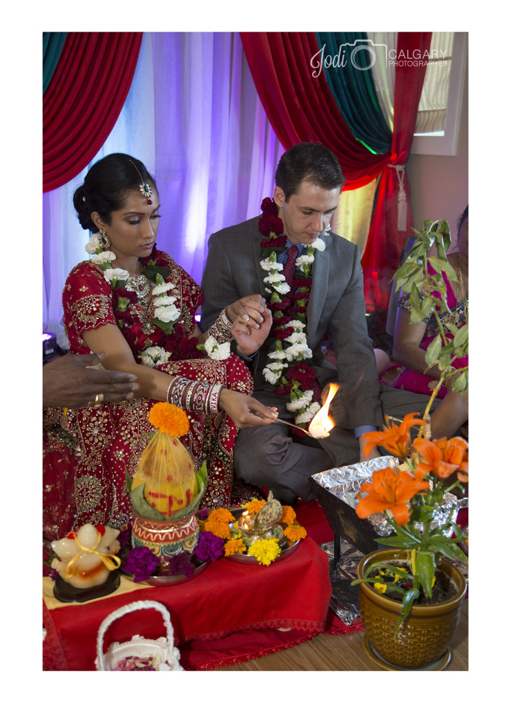 Calgary Hindu Wedding Photography Affordable (9)
