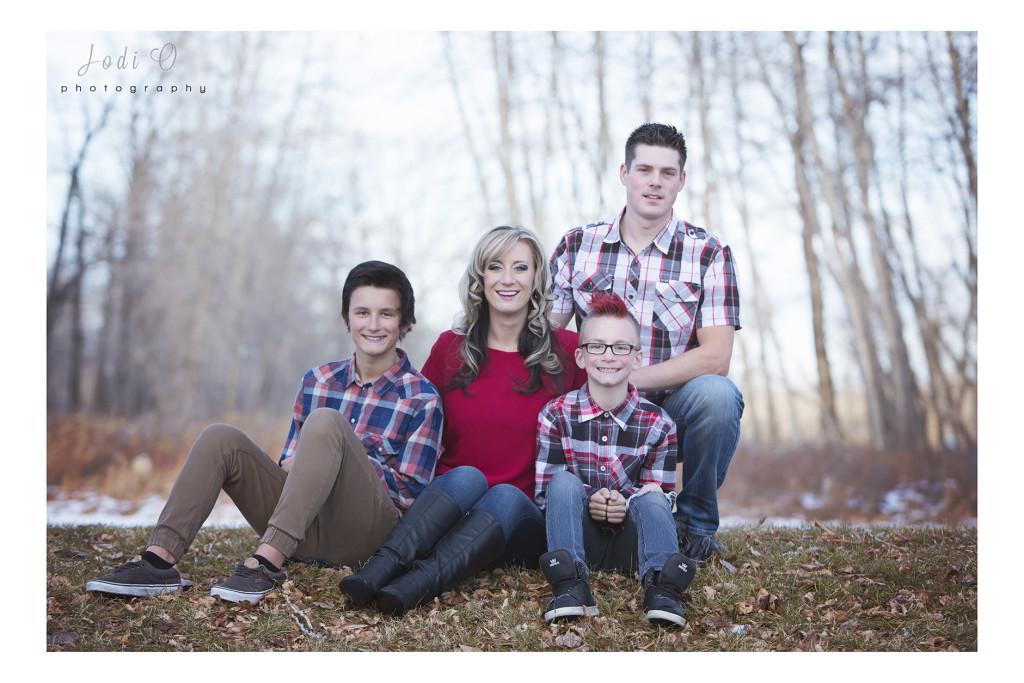Calgary Christmas Photographers (17)