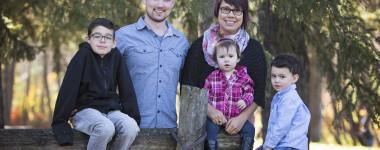 Fall Family Photos – Calgary Photographers